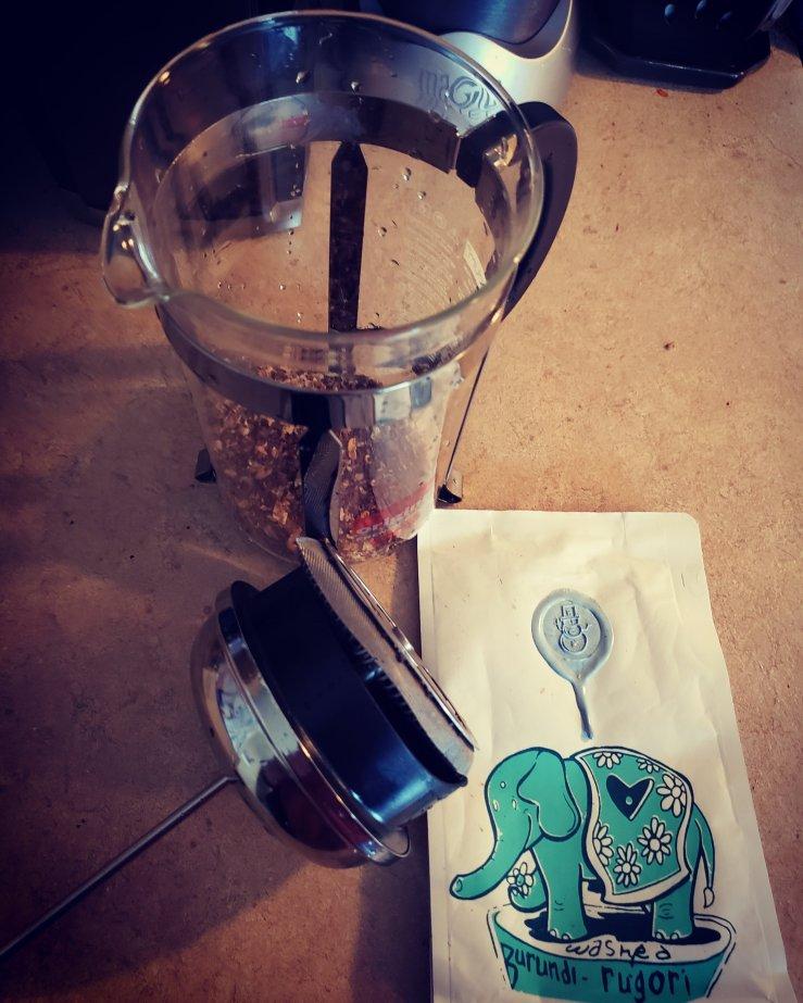 Burundi Rugori with Coffee Press